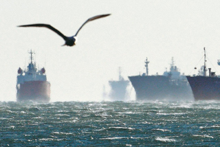 Νέα μείωση στη δύναμη του ελληνικού στόλου