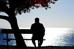 Η μοναξιά βλάπει σοβαρά την υγεία