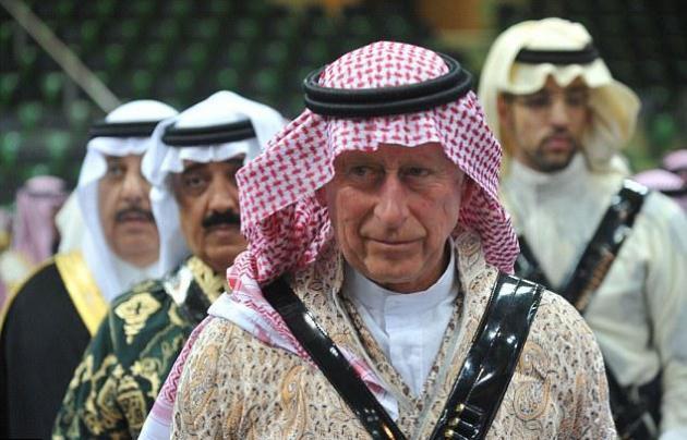 Ο πρίγκηπας Κάρολος ως... Λόρενς της Αραβίας!