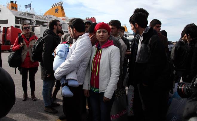 Ανασύρθηκαν τρεις ακόμα σοροί μεταναστών από το Φαρμακονήσι