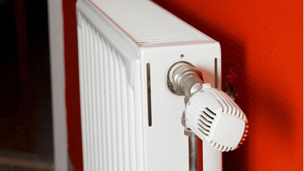 Με κλειστή κεντρική θέρμανση οι μισές πολυκατοικίες