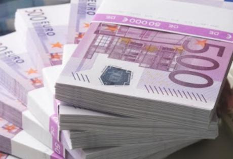 Οι 143 εφοριακοί που έβγαλαν έξω 32 εκατ. ευρώ