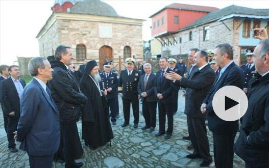 Η προσευχή του Αντώνη Σαμαρά στο Άγιο Όρος
