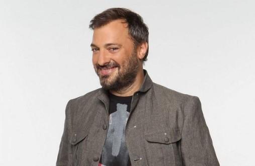 Ο Χρήστος Φερεντίνος σχολιάζει τα πρόσωπα της τηλεόρασης