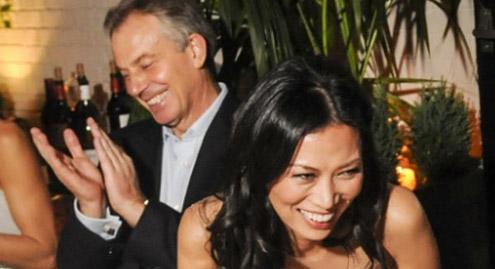 Ο Τόνι Μπλερ είχε δεσμό με τη γυναίκα του Ρούπερτ Μέρντοχ; (Φωτο)