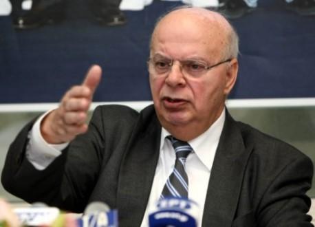 Bασιλακόπουλος: «Συζητάμε με Πιτίνο, αλλά και με άλλους»