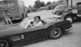 Alain-Delon-Ferrari-250-GT-SWB-California-Spider_4