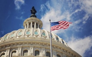 CAPITOL-DOME-FLAG-facebook_2013_10_16_20_26_51_b2