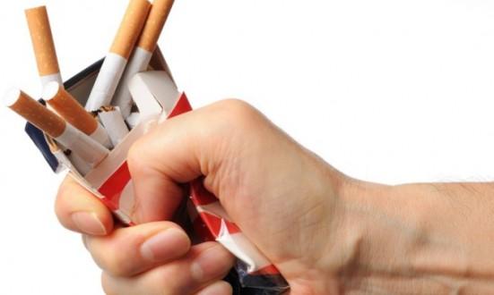 Κάπνισμα: Πότε θα καθαρίσουν οι πνεύμονες αν κόψετε το τσιγάρο;