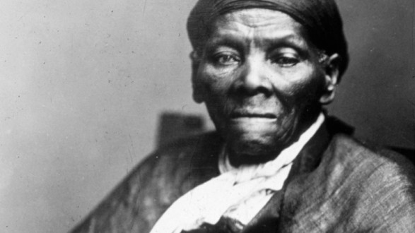 ____Harriet-Tubman-Statue-in-Harlem