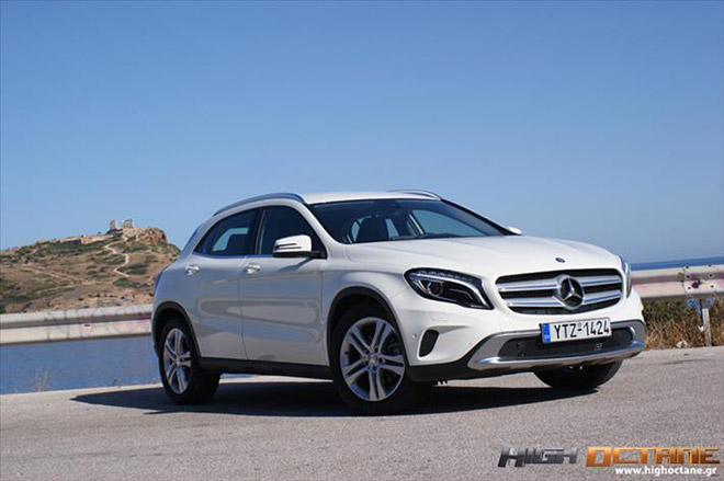 Mercedes-Benz_GLA250_Driven-2016-(8)