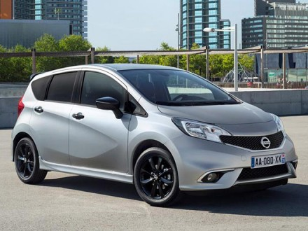 Nissan_Note_Black_Edition-(2)_Top