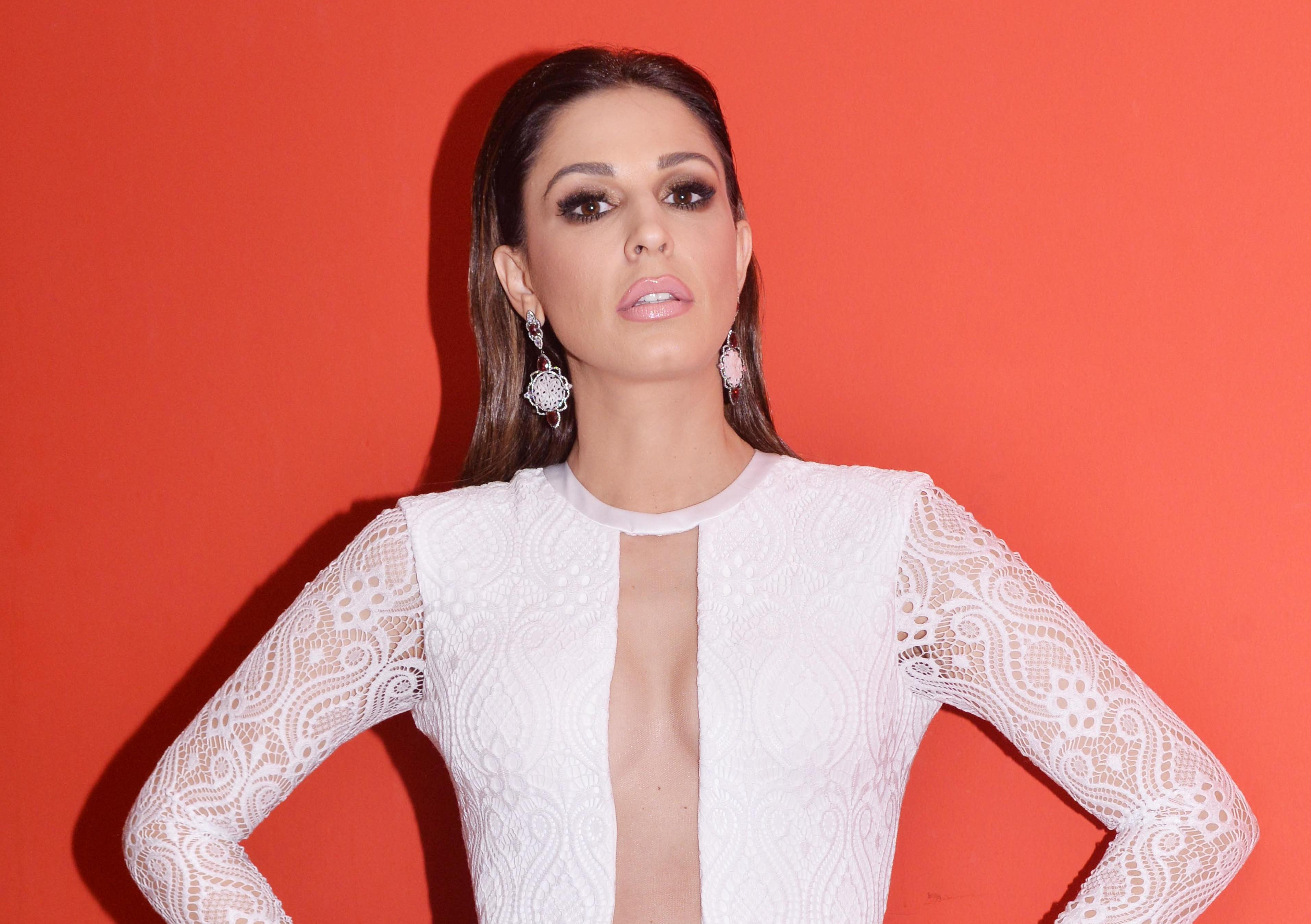 Ελληνίδα ηθοποιός  «Ψωνίζω τα ρούχα μου από second hand και κυκλοφορώ με  τρακαρισμένο αυτοκίνητο» 44bc55dcd71