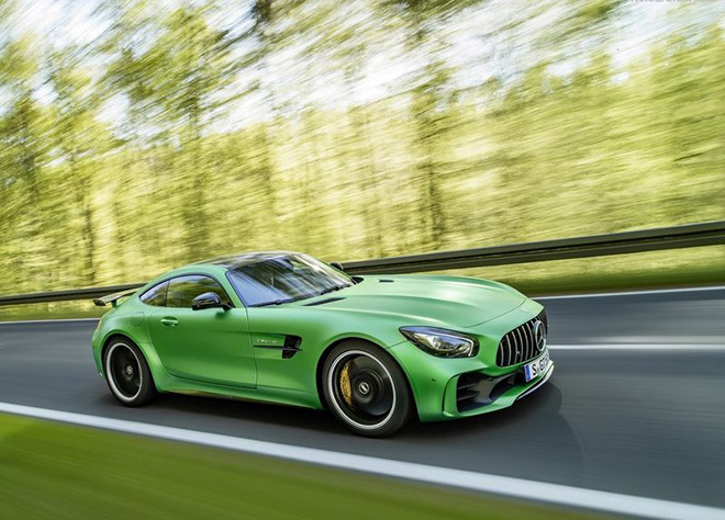 Mercedes-Benz-AMG_GT_R-2016_News-(2)