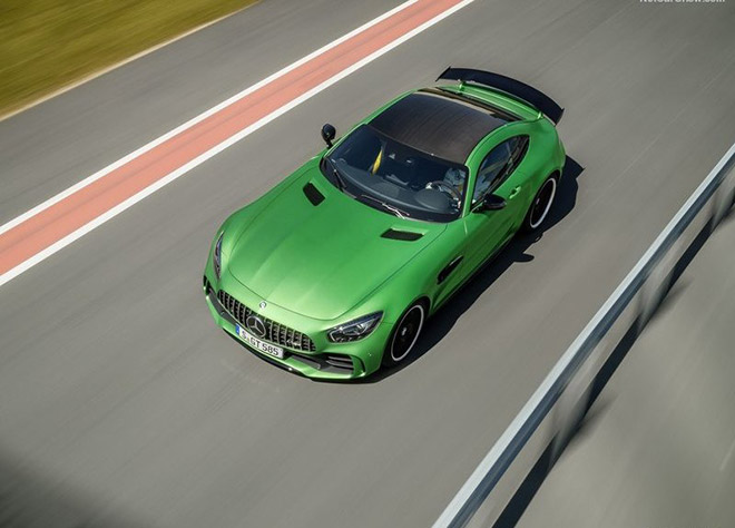 Mercedes-Benz-AMG_GT_R-2016_News-(3)
