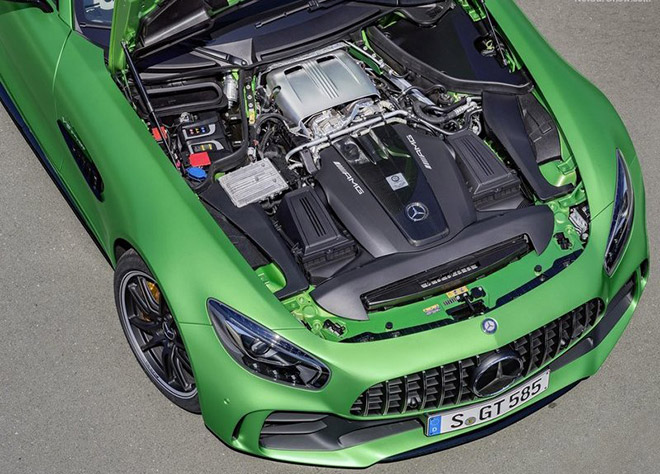Mercedes-Benz-AMG_GT_R-2016_News-(8)