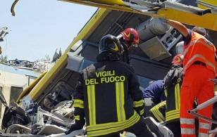 At least 10 dead as two trains collide in southern Italy