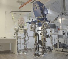 Ρομποτικός+εξωσκελετός+για+παραπληγικούς