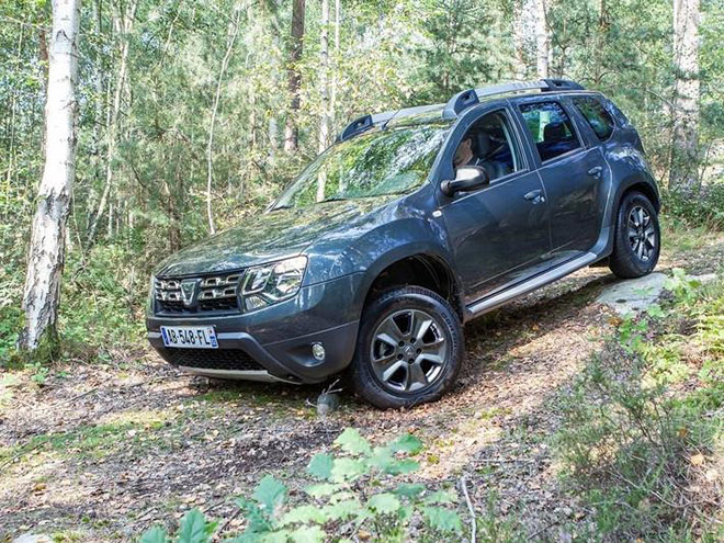 dacia-duster-2016_driven-4x4-diesel_top