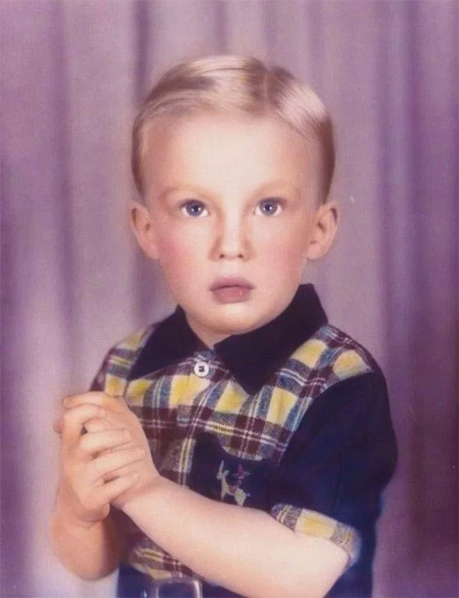 Ο Ντόναλντ Τραμπ σε ηλικία τεσσάρων ετών, πιο αθώος από ποτέ...