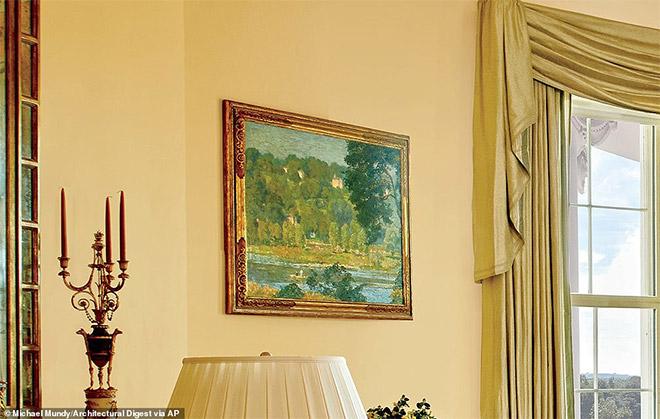 Έργο του ιμπρεσιονιστή ζωγράφου Daniel Garber ο οποίος κρέμεται στο Χρυσό Οβάλ δωμάτιο. Ο Garber γεννήθηκε στην Ιντιάνα το 1880 και είναι γνωστός για τα έργα ζωγραφικής με θέματα τα τοπία. Ο ζωγράφος πέθανε το 1958.