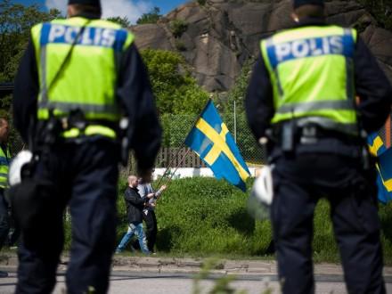 Swedish-police-5