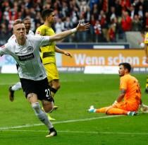 Eintracht-Frankfurt-vs-Borussia-Dortmund