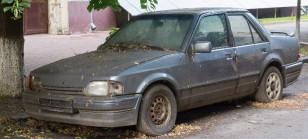 abandoned-car-708