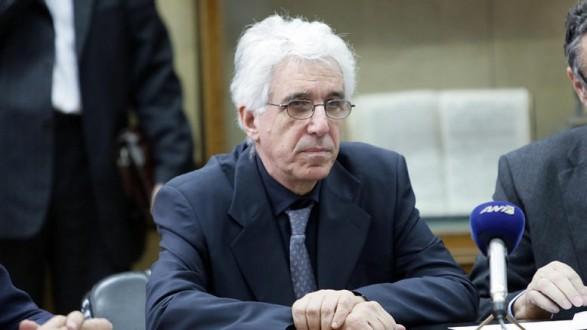 Επιμένει ο Παρασκευόπουλος: Πρέπει να αλλάξει ο νόμος, ήταν προσωρινός