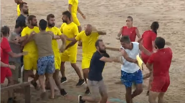 Survivor: Πιάστηκαν στα χέρια Τούρκοι και Ρουμάνοι - Δείτε το βίντεο του καβγά