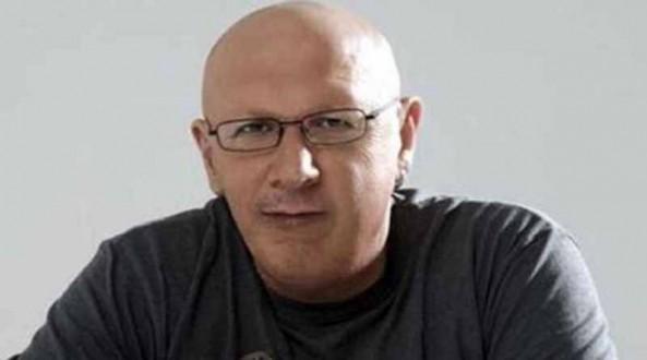 Ο Λάκης Παπαδόπουλος εξηγεί τι είναι το σημάδι στα χείλη του