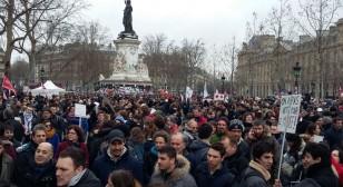 France-manifestation-735x400