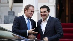 sto-maksimou-gia-sunantisi-me-tsipra-o-ntonalnt-tousk.w_l