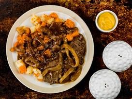Μοσχαράκι με σάλτσα κρεμμυδιών και λαχανικά