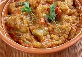 Μαροκινή μελιντζανοσαλάτα με ντομάτα και γιαούρτι