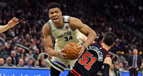 NBA: Τέταρτο triple double φέτος ο Αντετοκούνμπο, υπέταξε τους Μπουλς