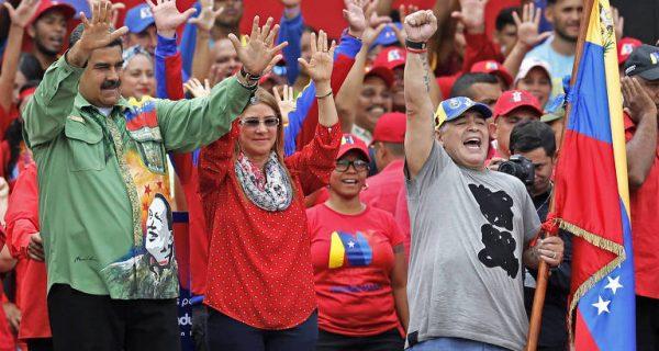 Στη Βενεζουέλα για τον Μαδούρο ο Μαραντόνα!