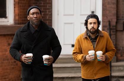 COSMOTE TV: Πρεμιέρα για τους νέους κύκλους των επιτυχημένων σειρών In the Long Run & Ramy με όλα τα επεισόδια bak2back