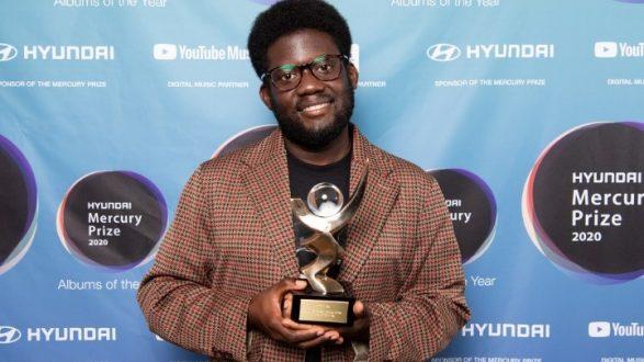 Ο Michael Kiwanuka κέρδισε το φετινό μουσικό Βραβείο Mercury