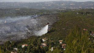 Χαρδαλιάς για πυρκαγιά στη Σταμάτα Αττικής: Η κατάσταση δείχνει βελτιωμένη