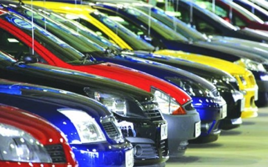 Νέα μείωση στην αγορά αυτοκινήτων - μοτοσυκλετών
