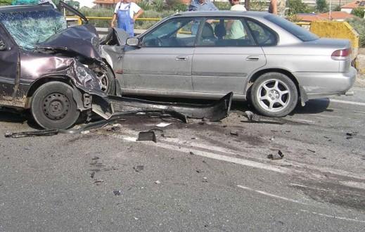Τρεις νεκροί και ένας τραυματίας σε τροχαίο στη Λάρισα
