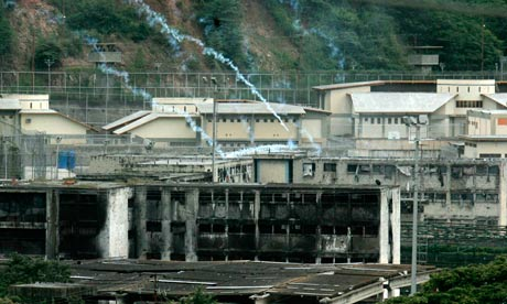 Αιματηρή εξέγερση σε φυλακές της Βενεζουέλας