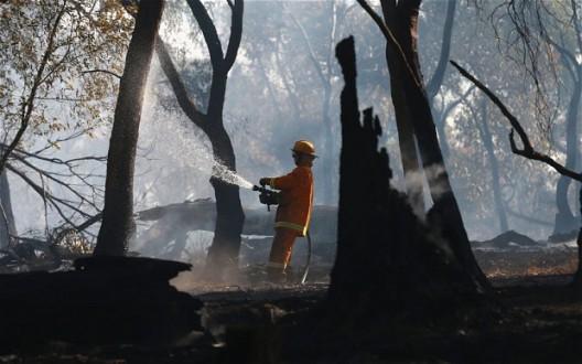 Παραδομένη στο έλεος της φωτιάς η Νότια Αυστραλία