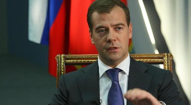 Μεντβέντεφ: Υπό όρους η βοήθεια στην Κύπρο