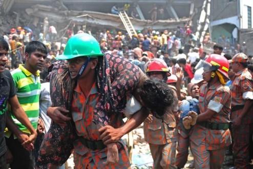 Στους 273 οι νεκροί από κατάρρευση κτιρίου στο Μπαγκλαντές