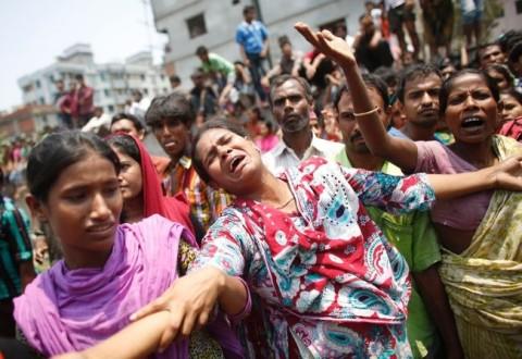 Οργισμένοι οι εργάτες των κλωστοϋφαντουργιών στο Μπαγκλαντές