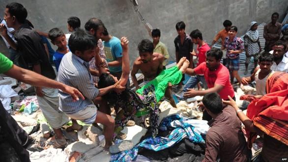 Έφτασαν τους 1.000 οι νεκροί στο Μπαγκλαντές