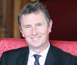 Αρνείται τις κατηγορίες για βιασμό ο Bρετανός βουλευτής