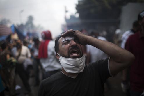 Ρουκέτες, σφαίρες και αίμα στην Αίγυπτο